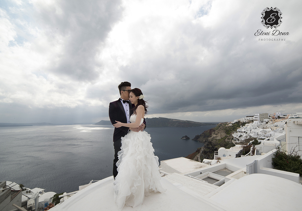 wedding planning santorini greece
