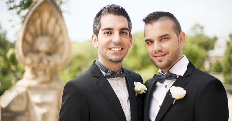 Gay wedding in Santorini Greece www.santorini-wedding.co